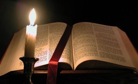 Dossier : A l'écoute de la Parole de Dieu